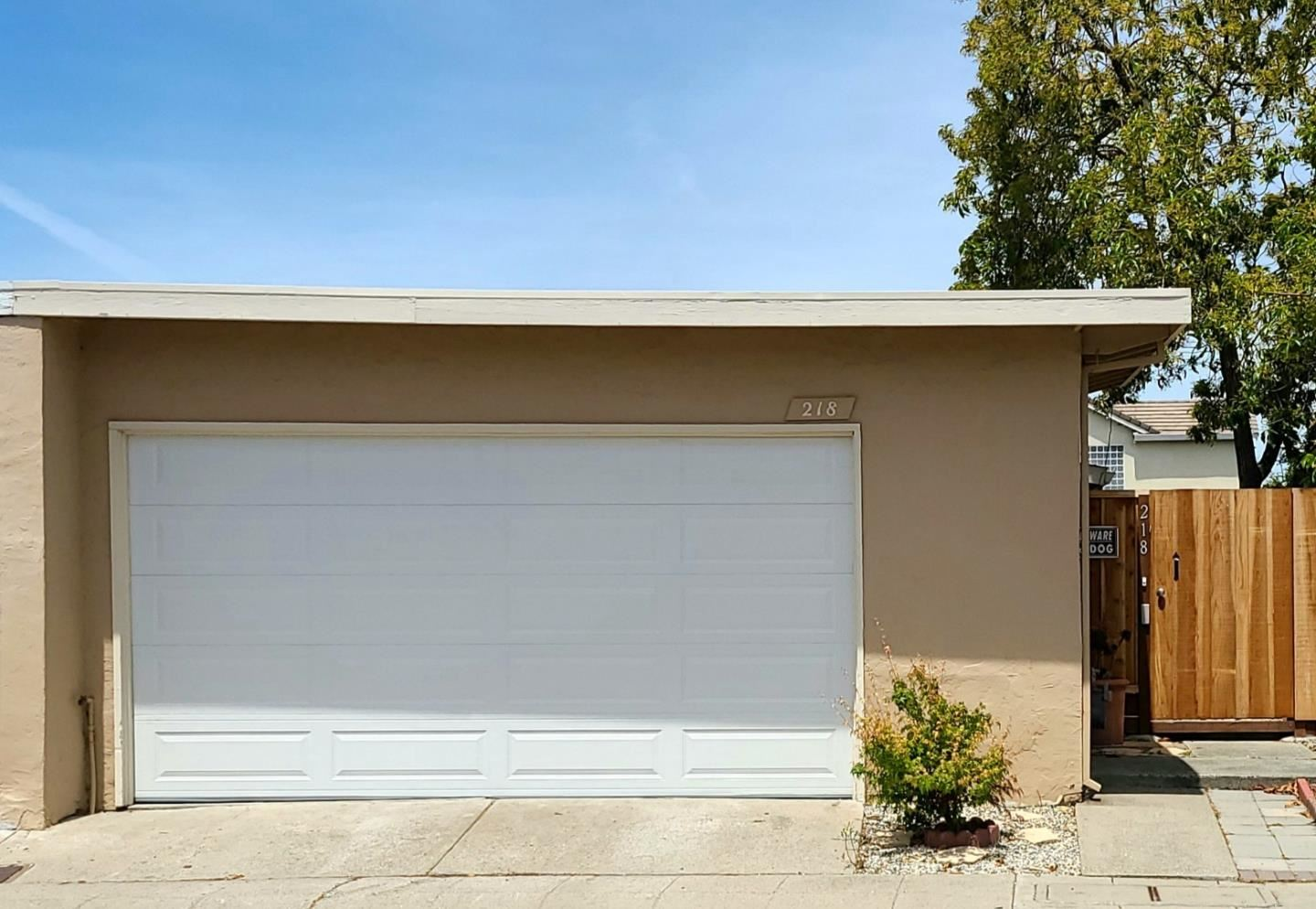 Photo for 218 Evening Star CT, MILPITAS, CA 95035 (MLS # ML81793754)