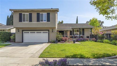 Photo of 6579 San Anselmo Way, SAN JOSE, CA 95119 (MLS # ML81839755)