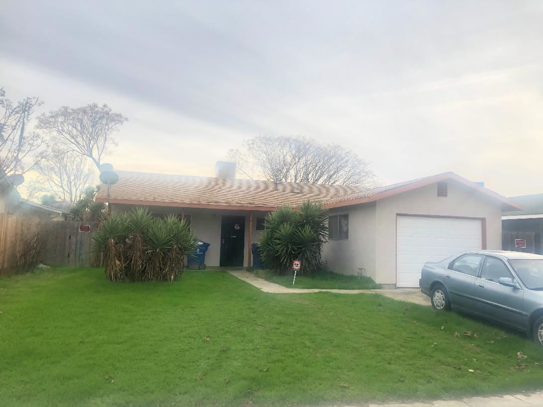 Photo for 1127 D ST, LOS BANOS, CA 93635 (MLS # ML81782756)