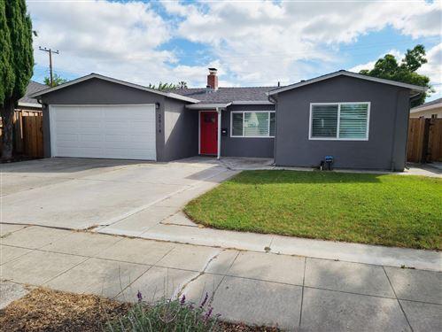 Photo of 2914 Manda Drive, SAN JOSE, CA 95124 (MLS # ML81845757)