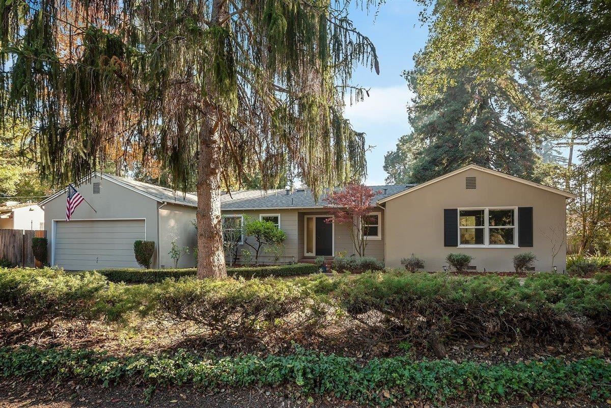 Photo for 1175 Osborn AVE, ATHERTON, CA 94027 (MLS # ML81820758)