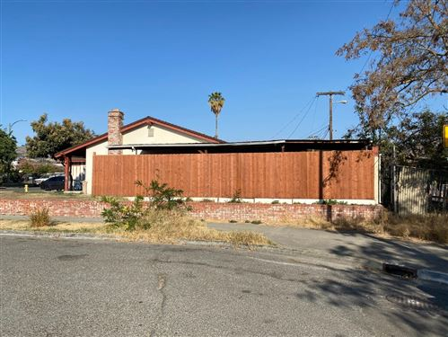 Photo of 3132 Rocky Mountain, SAN JOSE, CA 95127 (MLS # ML81818761)