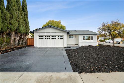 Photo of 2698 Vista Verde Drive, SAN JOSE, CA 95148 (MLS # ML81867761)