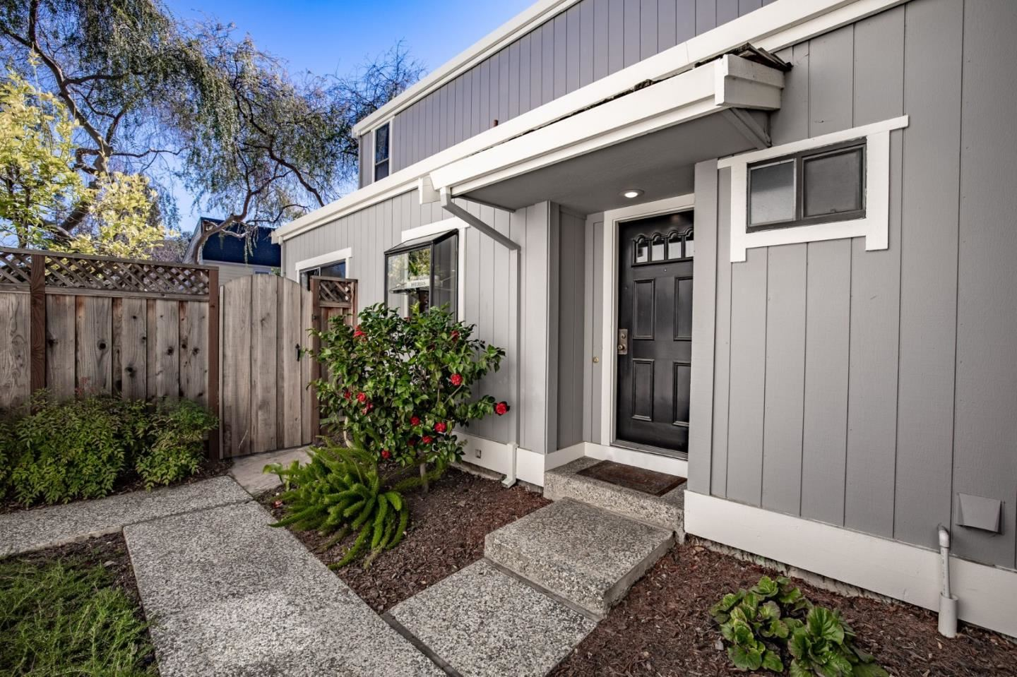 Photo for 163 Gladys AVE, MOUNTAIN VIEW, CA 94043 (MLS # ML81829761)