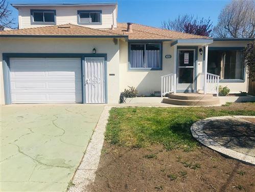 Photo of 312 Wisteria Drive, EAST PALO ALTO, CA 94303 (MLS # ML81831763)