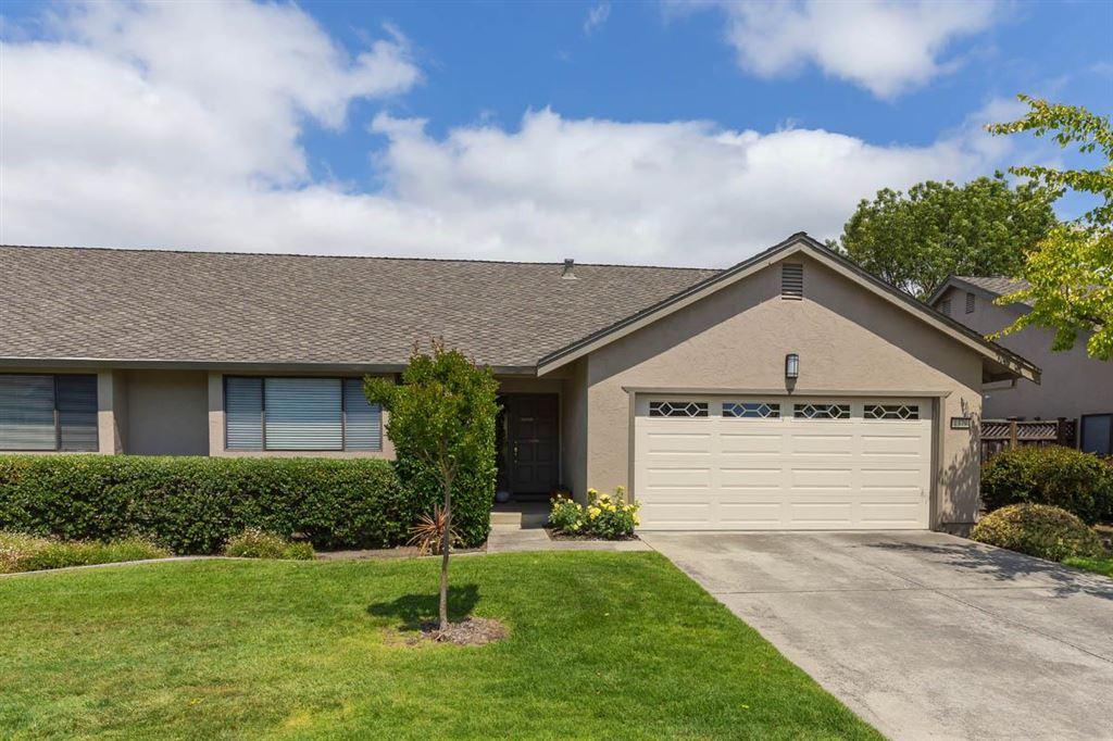 Photo for 1379 Kentfield AVE, REDWOOD CITY, CA 94061 (MLS # ML81752765)