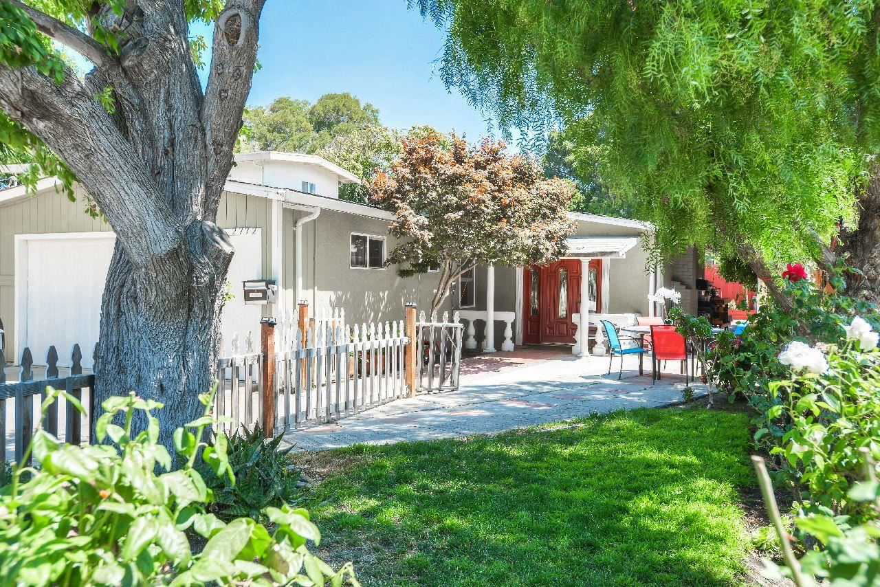 Photo for 2772 Georgetown ST, EAST PALO ALTO, CA 94303 (MLS # ML81764767)