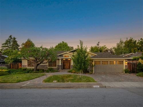 Photo of 1863 Walnut DR, MOUNTAIN VIEW, CA 94040 (MLS # ML81798768)