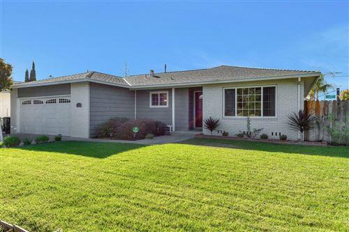 Photo of 2105 La Miel WAY, SAN JOSE, CA 95130 (MLS # ML81818769)