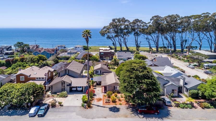 Photo for 19 Benito AVE, LA SELVA BEACH, CA 95076 (MLS # ML81764769)
