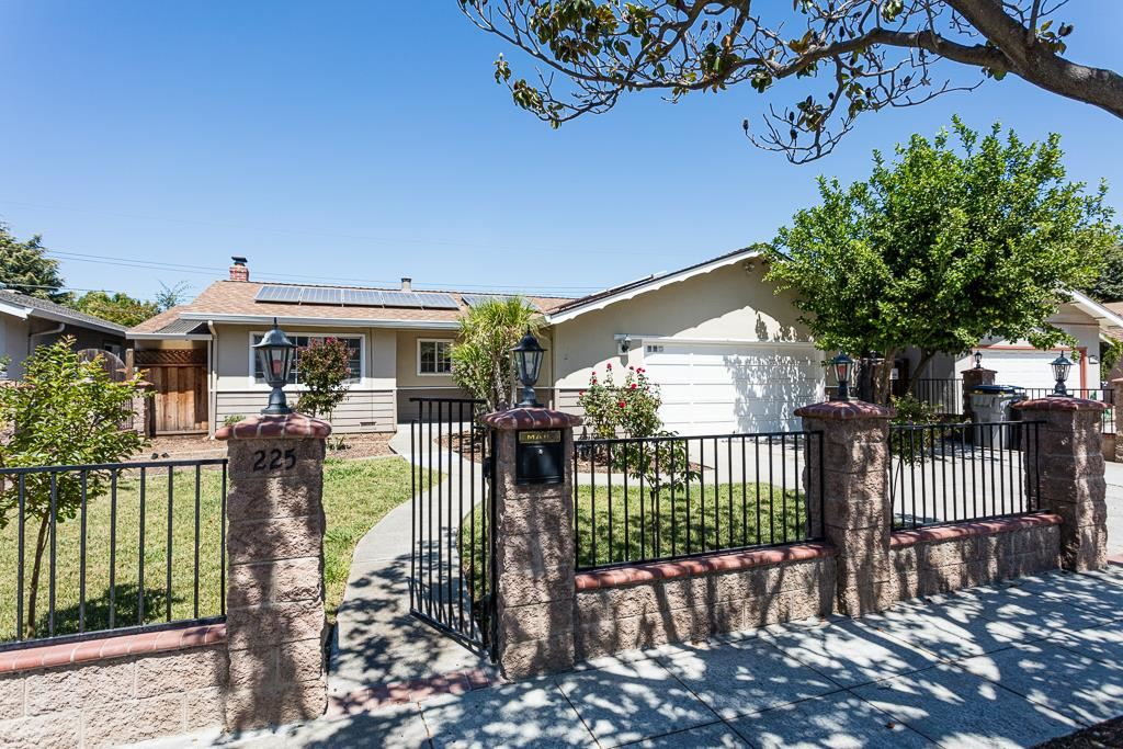 Photo for 225 Seabiscuit DR, SAN JOSE, CA 95111 (MLS # ML81765770)