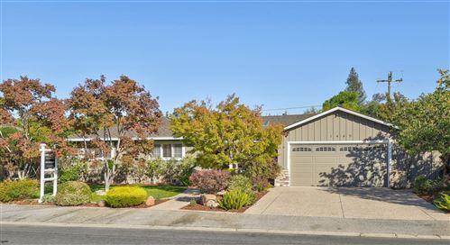 Photo of 1445 Meadow Lane, MOUNTAIN VIEW, CA 94040 (MLS # ML81866772)