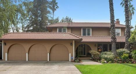 Photo of 2361 Loma Park CT, SAN JOSE, CA 95124 (MLS # ML81811776)