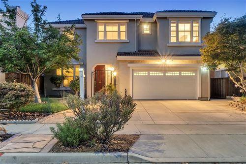 Photo of 906 Schoolhouse Road, SAN JOSE, CA 95138 (MLS # ML81854777)