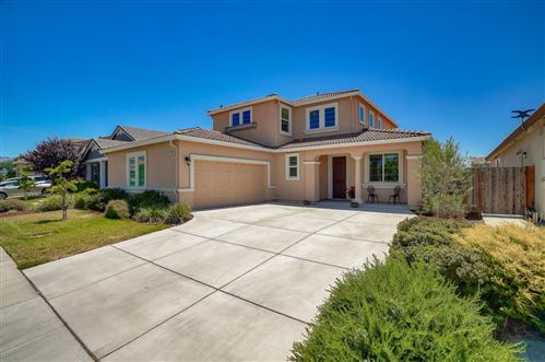 Photo of 120 Peppermint AVE, MORGAN HILL, CA 95037 (MLS # ML81798778)