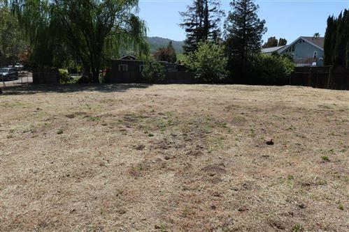 Photo of 10071 VIEWPOINT LN, SAN JOSE, CA 95120 (MLS # ML81838780)