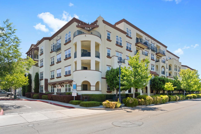 Photo for 800 South Abel Street #307, MILPITAS, CA 95035 (MLS # ML81852780)