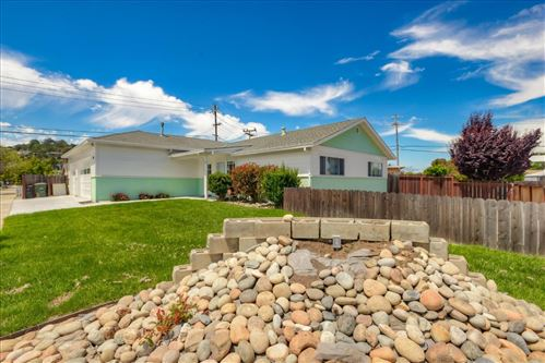 Photo of 500 Cambridge ST, BELMONT, CA 94002 (MLS # ML81794782)