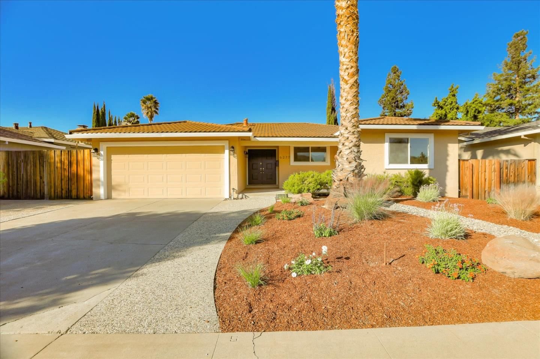 Photo for 6277 Desert Flame DR, SAN JOSE, CA 95120 (MLS # ML81815782)