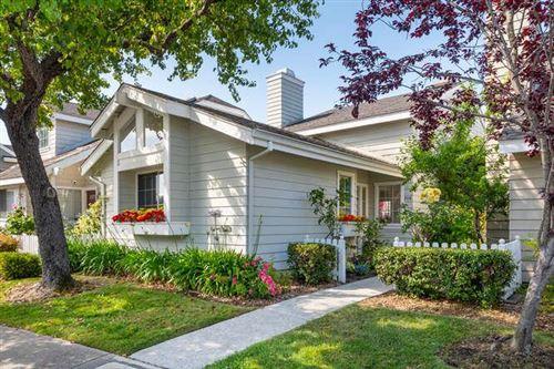 Photo of 308 Sea Cliff Lane, Redwood Shores, CA 94065 (MLS # ML81849784)