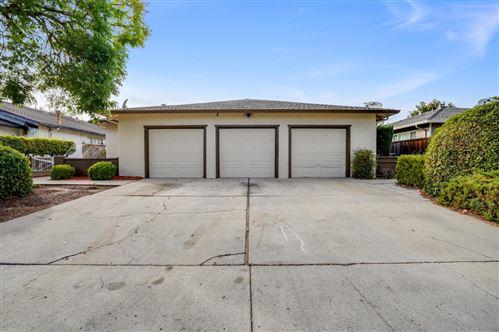 Photo of 5897 Hillview Avenue, SAN JOSE, CA 95123 (MLS # ML81867784)