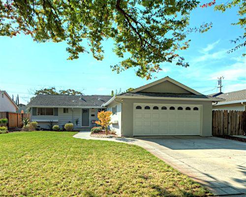 Photo of 1570 Willowdale Drive, SAN JOSE, CA 95118 (MLS # ML81865786)