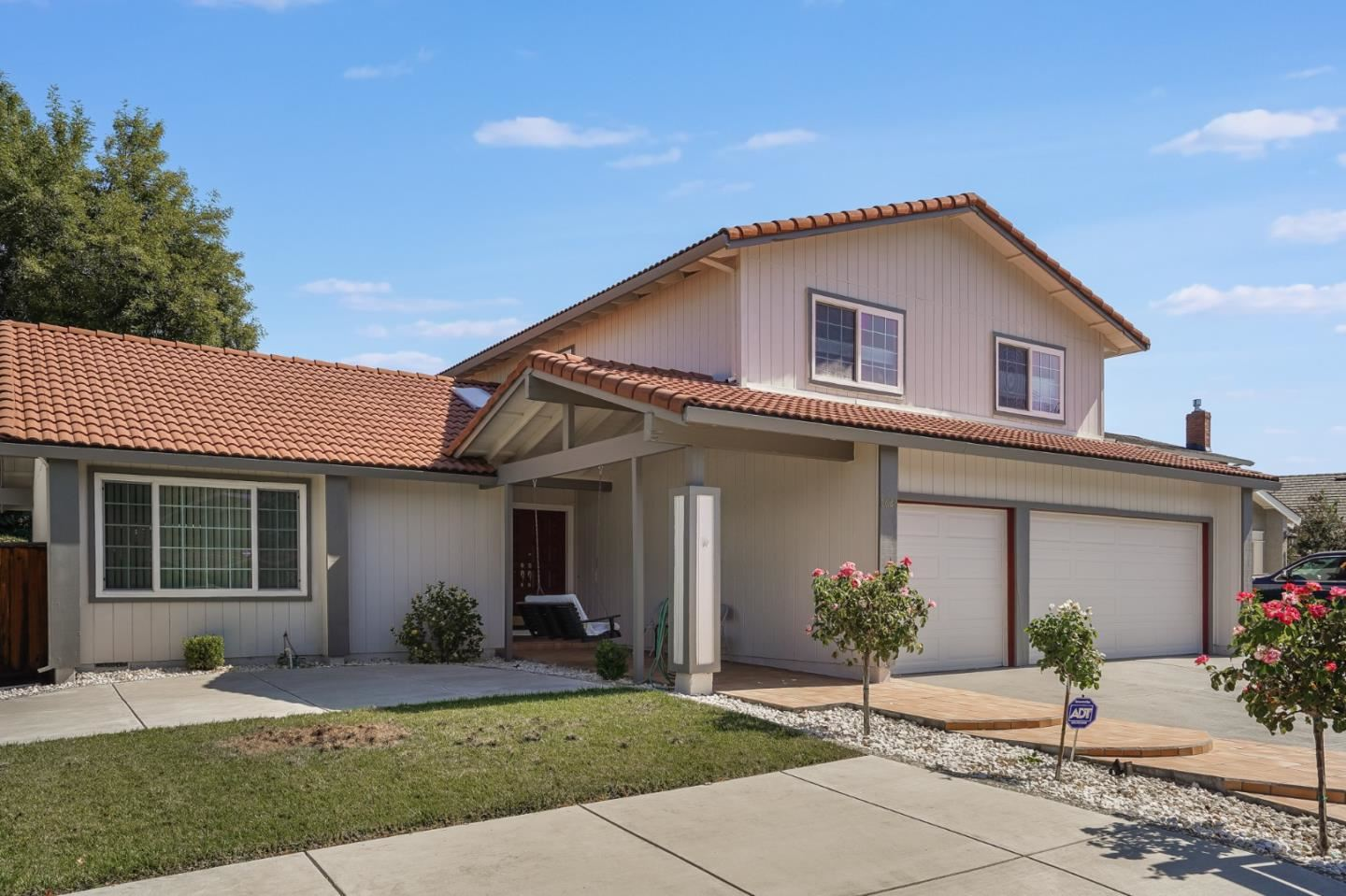 Photo for 6628 Barnsdale Court, SAN JOSE, CA 95120 (MLS # ML81862786)