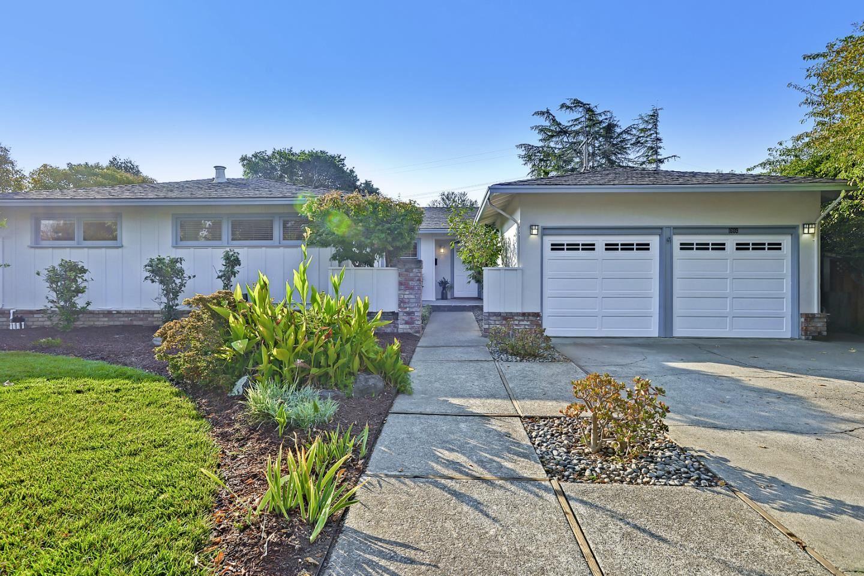 Photo for 1609 Chula Vista Drive, BELMONT, CA 94002 (MLS # ML81862789)