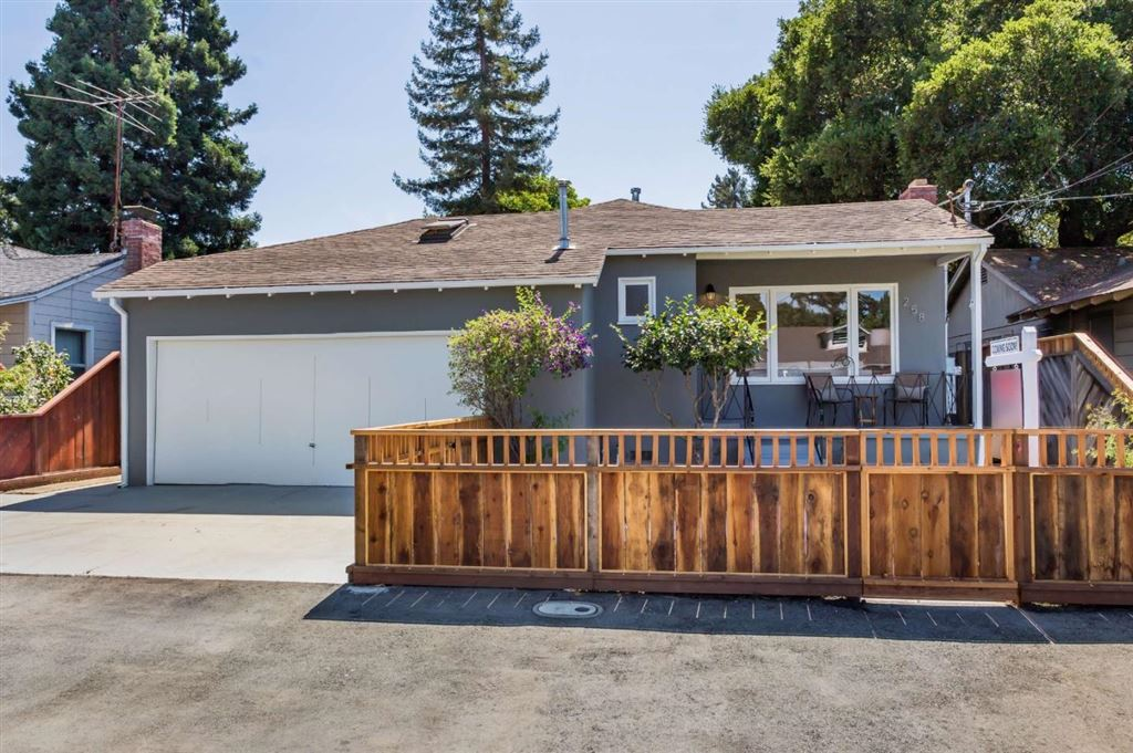 Photo for 258 Roble AVE, REDWOOD CITY, CA 94061 (MLS # ML81765791)