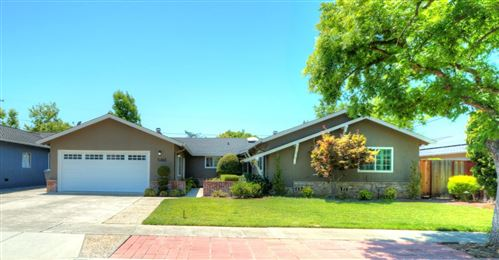 Photo of 5465 Drysdale Drive, SAN JOSE, CA 95124 (MLS # ML81849792)