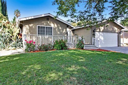 Photo of 343 Oakberry Way, SAN JOSE, CA 95123 (MLS # ML81866792)