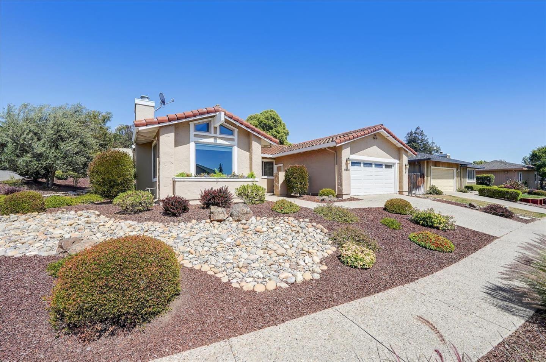Photo for 16760 Cerro Vista Drive, MORGAN HILL, CA 95037 (MLS # ML81847794)
