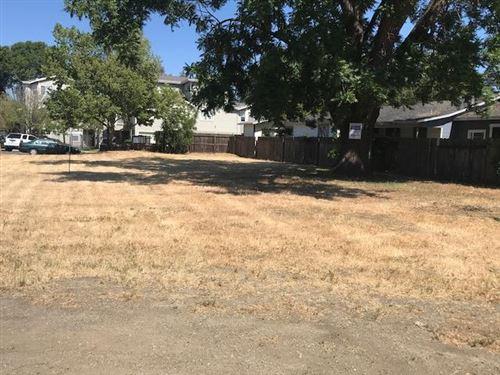 Photo of 527 Alice Avenue, MOUNTAIN VIEW, CA 94041 (MLS # ML81842796)