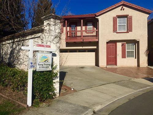 Photo of 111 Windflower  LN, UNION CITY, CA 94587 (MLS # ML81830799)