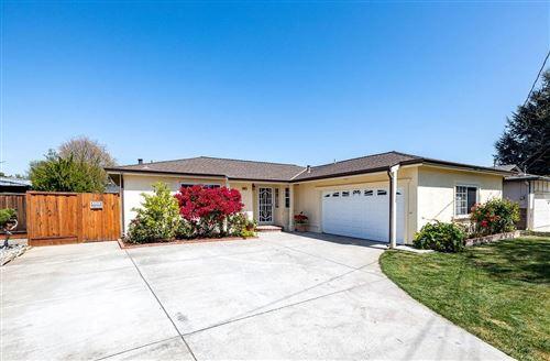 Photo of 6811 Rochelle Avenue, NEWARK, CA 94560 (MLS # ML81839802)