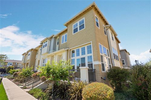 Photo of 212 Hartstene DR, Redwood Shores, CA 94065 (MLS # ML81797804)