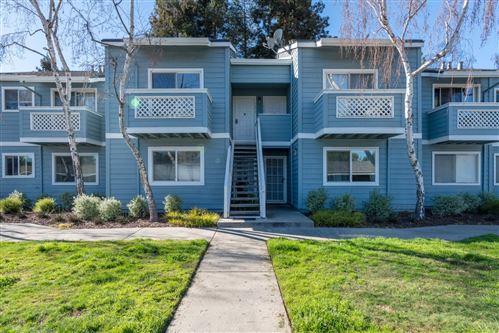 Photo of 1456 Four Oaks CIR, SAN JOSE, CA 95131 (MLS # ML81828805)