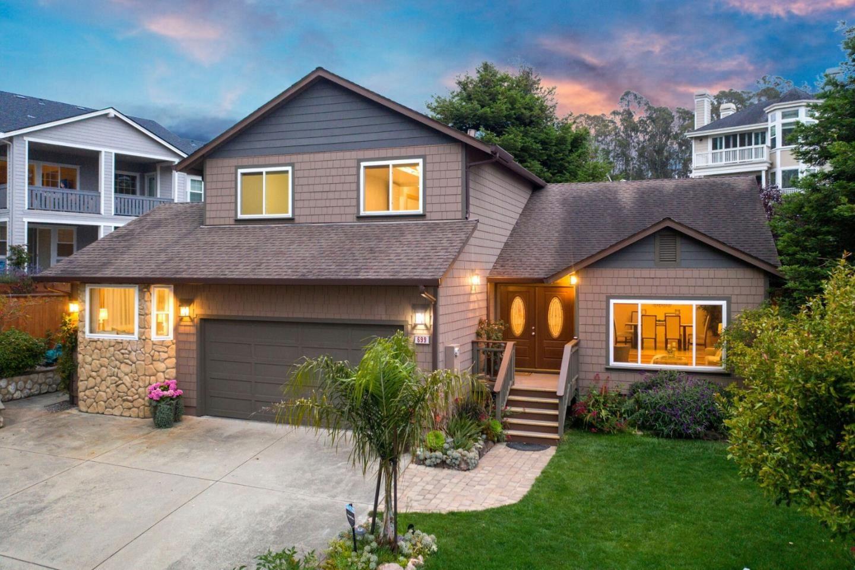 Photo for 699 Terrace AVE, HALF MOON BAY, CA 94019 (MLS # ML81803806)