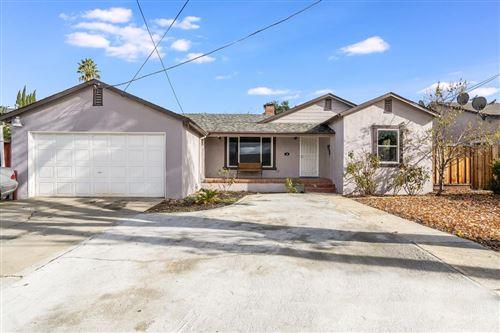 Photo of 66 Birch LN, SAN JOSE, CA 95127 (MLS # ML81823809)