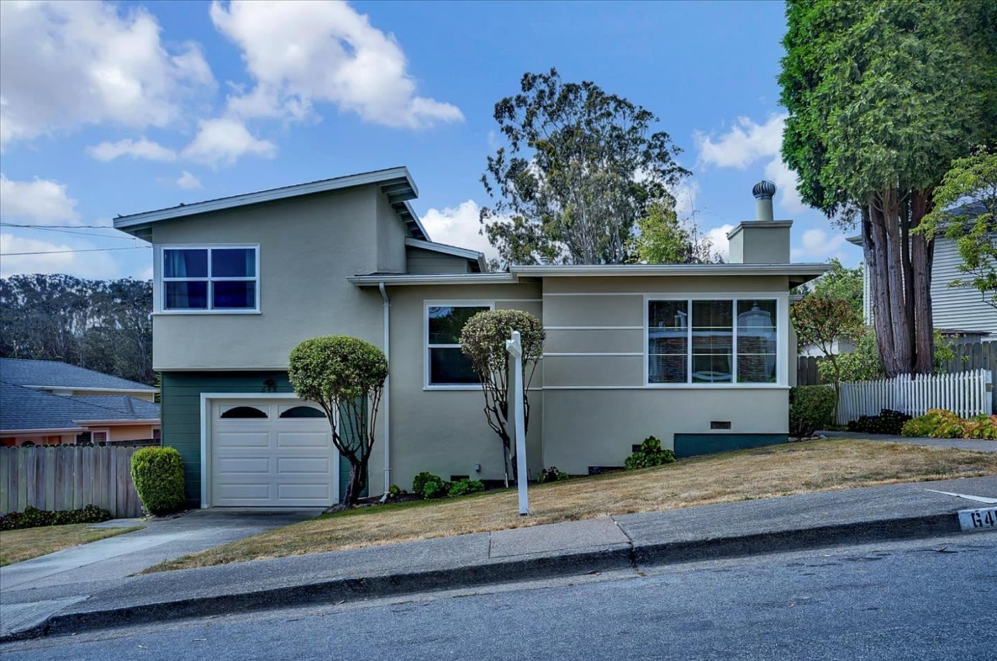 Photo for 648 Larchmont Drive, DALY CITY, CA 94015 (MLS # ML81847809)