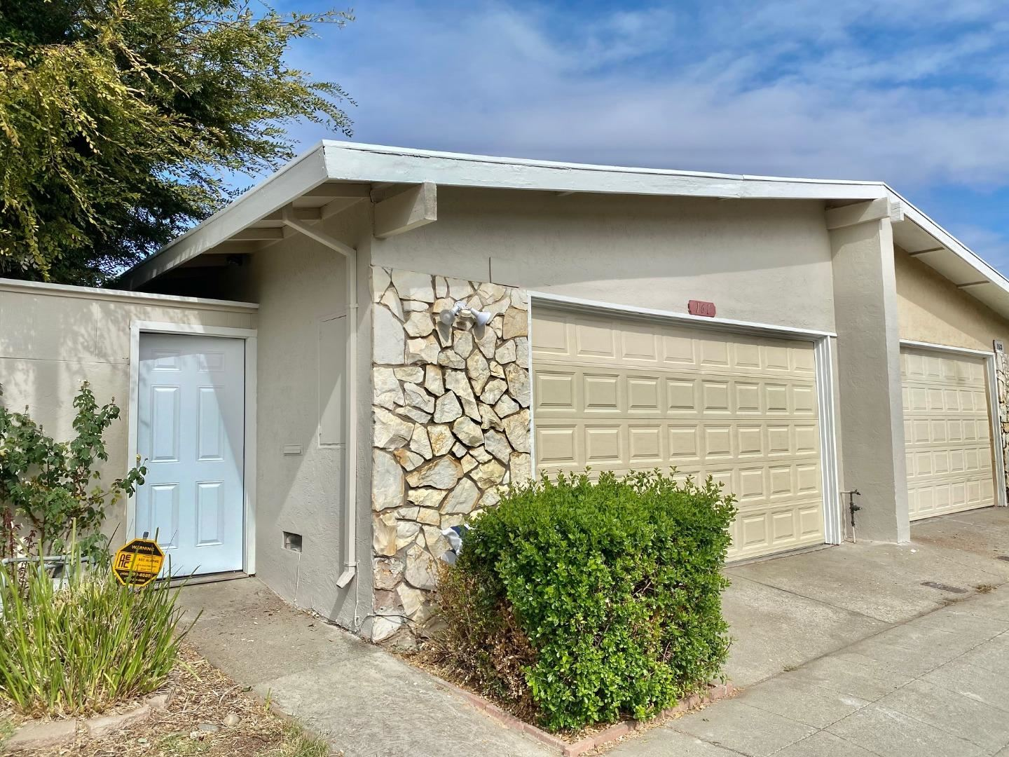 Photo for 161 Lonetree Court, MILPITAS, CA 95035 (MLS # ML81866809)