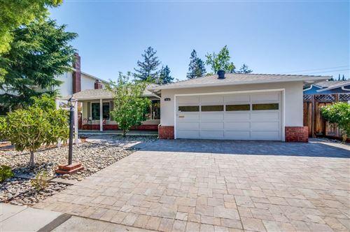Photo of 716 Peach Avenue, SUNNYVALE, CA 94087 (MLS # ML81854810)