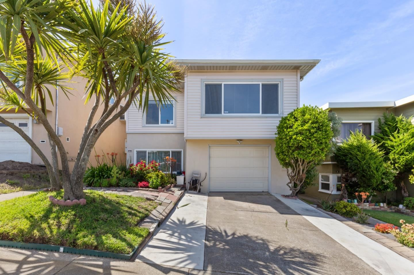Photo for 62 Seacliff AVE, DALY CITY, CA 94015 (MLS # ML81794812)