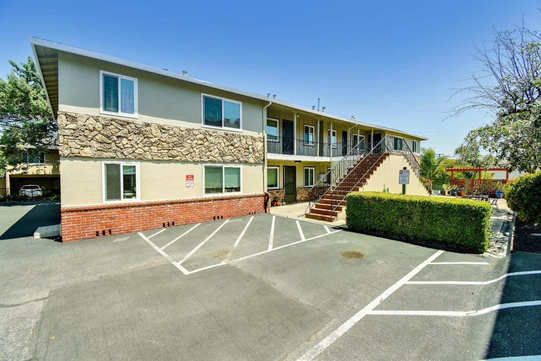 Photo for 205 Avery Lane, LOS GATOS, CA 95032 (MLS # ML81846812)