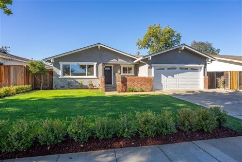 Photo of 1531 Nuthatch LN, SUNNYVALE, CA 94087 (MLS # ML81821813)