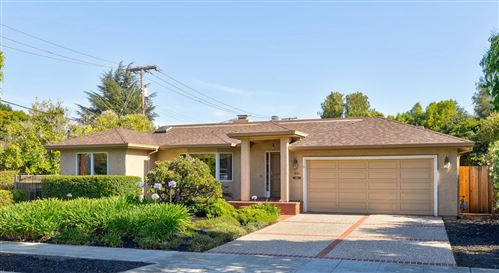 Photo of 1613 Hollingsworth Drive, MOUNTAIN VIEW, CA 94040 (MLS # ML81854813)