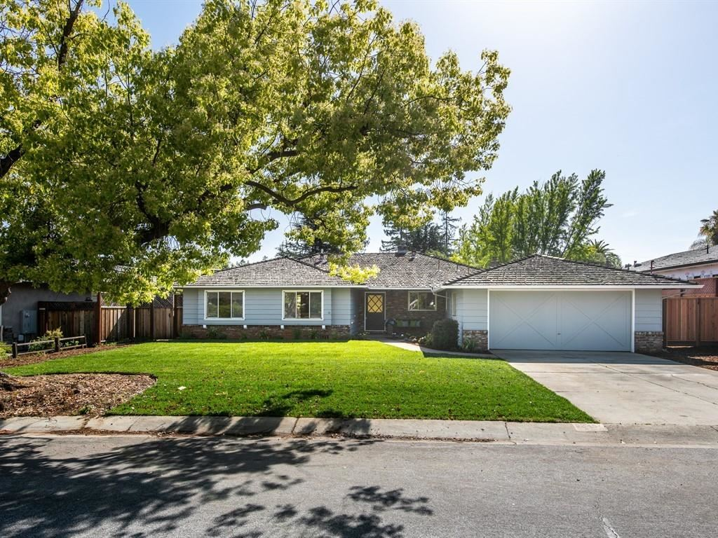 Photo for 245 Alicia WAY, LOS ALTOS, CA 94022 (MLS # ML81749813)