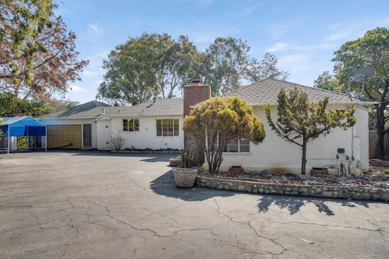 555 South Road, Belmont, CA 94002 - MLS#: ML81860815