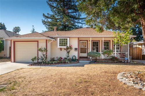 Photo of 1061 17th AVE, REDWOOD CITY, CA 94063 (MLS # ML81815817)