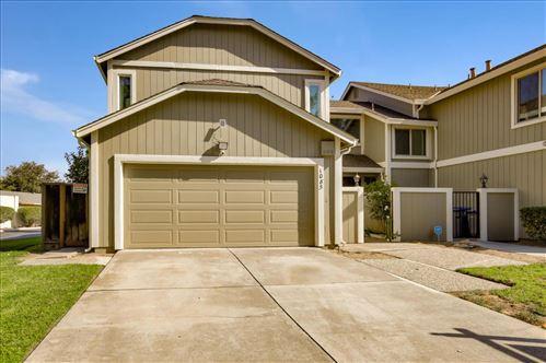 Photo of 1085 Longshore DR, SAN JOSE, CA 95128 (MLS # ML81818817)